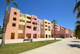 Mar Menor - 350m commercial unit for rent