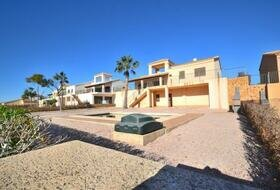 Hacienda del Alamo - bank bargain 3 bed villas