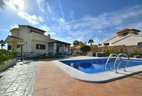Hacienda del Alamo - 3 bedroom detached villa