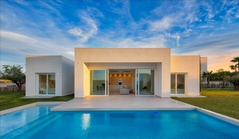 Ref:Las-Colinas-Gra Villa For Sale in Las Colinas Golf Resort