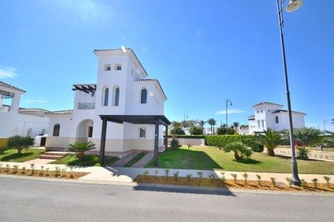Ref:LV162 Villa For Sale in La Torre Golf Resort