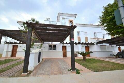 Ref:LT164 Townhouse For Sale in La Torre Golf Resort