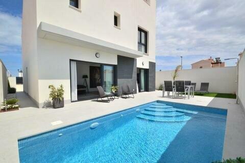 Ref:Greensea Villa For Sale in Los Alcazares