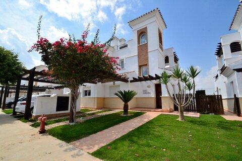 Ref:LT168 Townhouse For Sale in La Torre Golf Resort