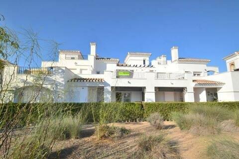 Ref:LT174 Townhouse For Sale in La Torre Golf Resort