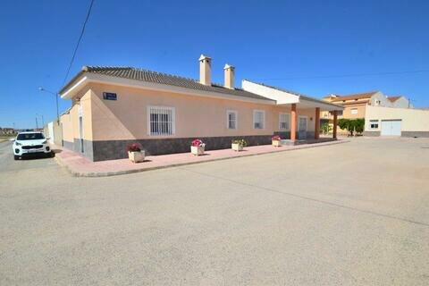 Ref:ROL01 Villa For Sale in Roldan