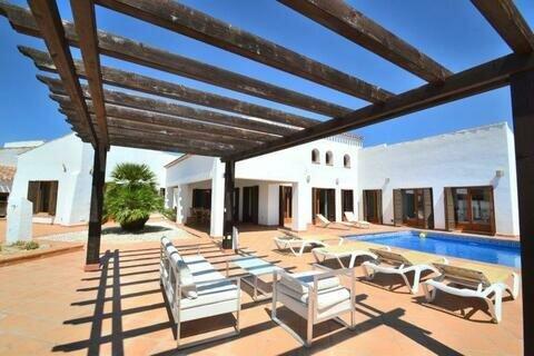 EV76: Villa in Banos y Mendigo