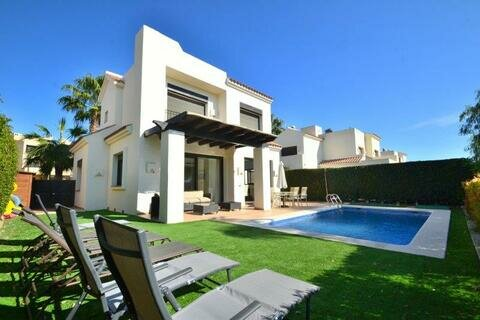 Ref:RG114 Villa For Sale in Roda Golf