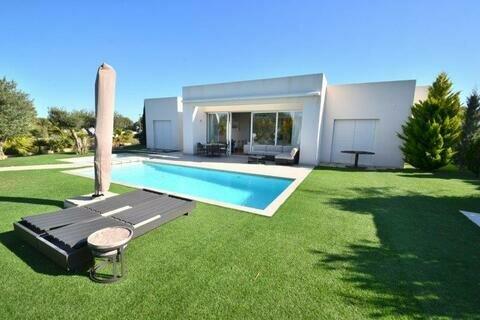 Ref:COL01 Villa For Sale in Las Colinas Golf