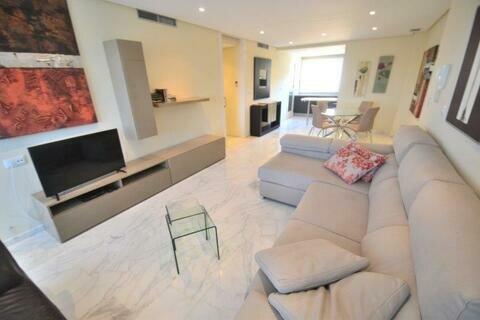 Ref:HDA31 Apartment For Sale in Hacienda del Alamo