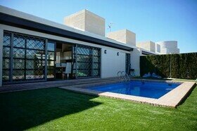 Peraleja - four bedroom villa with pool